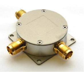 TW154 Regulated 0.5 to 3GHz, 3.3V Bias-Tee